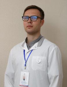 Кузьмичев Владимир Юрьевич Заведующий рентгенологическим отделением, врач-рентгенолог, опыт работы 15 лет.